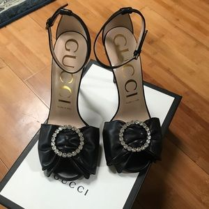 -GUCCI- leather heels with Swarovski crystal